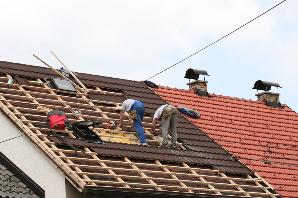How to Survive Your Roofing Contractor